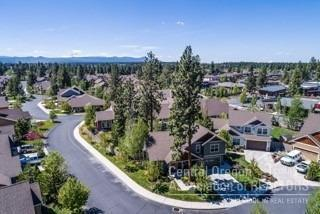 19585 Pond Meadow Court, Bend, OR 97702 (MLS #201704746) :: Fred Real Estate Group of Central Oregon