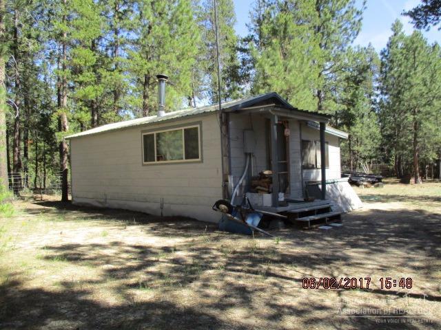 1764 Cheryl Drive, La Pine, OR 97739 (MLS #201705211) :: Birtola Garmyn High Desert Realty