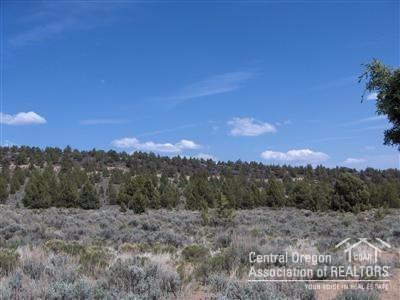 4600 Goldenview Ranch, Bend, OR 97701 (MLS #201705366) :: Birtola Garmyn High Desert Realty