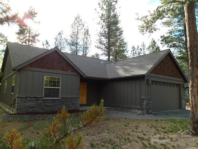 15322 Bear Street, La Pine, OR 97739 (MLS #201706098) :: Birtola Garmyn High Desert Realty