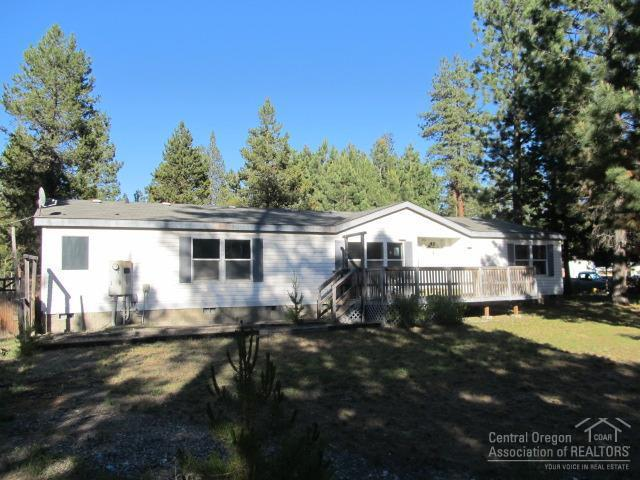 52738 Golden Astor Road, La Pine, OR 97739 (MLS #201706218) :: Birtola Garmyn High Desert Realty