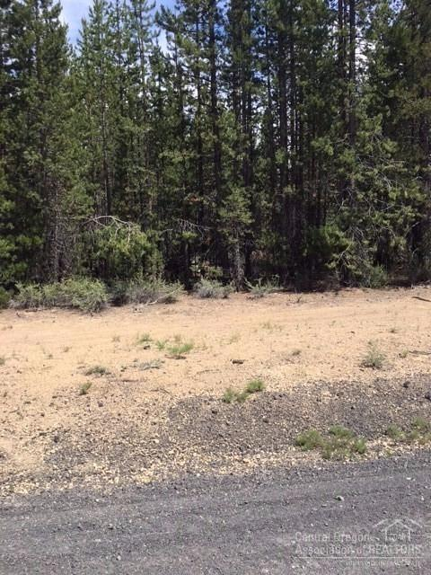 3 Two Rivers Road, Crescent Lake, OR 97733 (MLS #201707250) :: The Ladd Group
