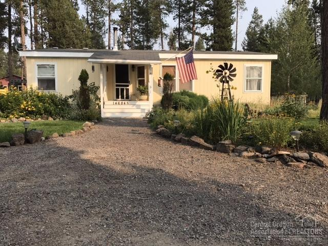 146845 Junos Road, Gilchrist, OR 97737 (MLS #201708831) :: Birtola Garmyn High Desert Realty
