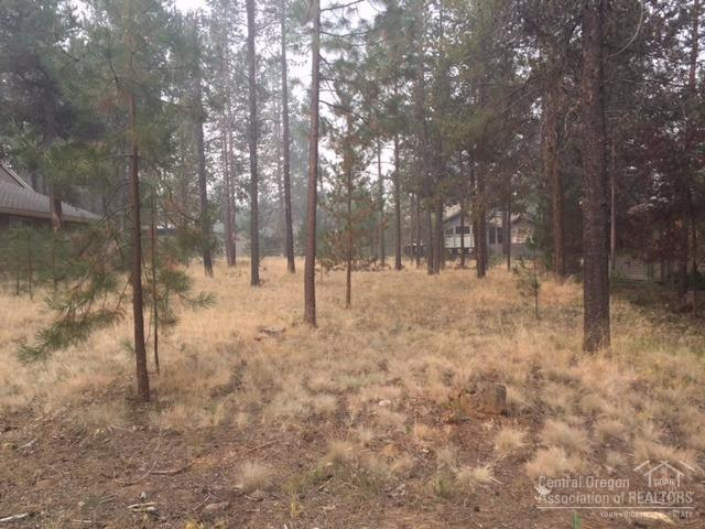 57777 Ribes Lane #02, Sunriver, OR 97707 (MLS #201709287) :: Windermere Central Oregon Real Estate