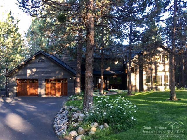 1767 NW Glassow Drive, Bend, OR 97701 (MLS #201710053) :: Birtola Garmyn High Desert Realty