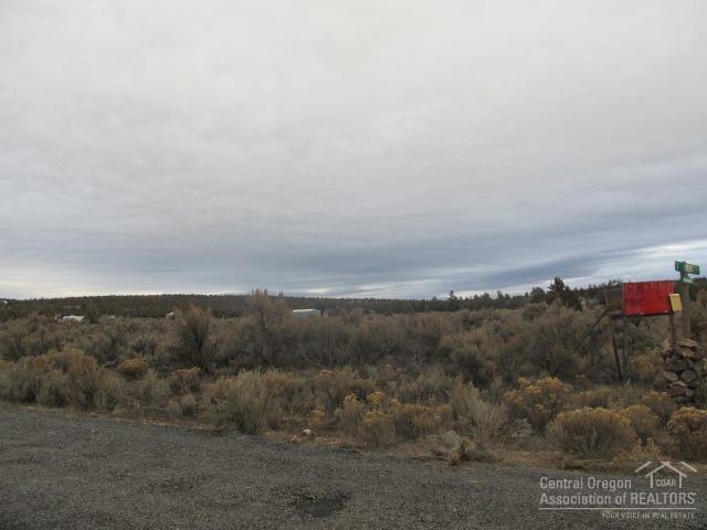 0 SE Teton Tl5900, Prineville, OR 97754 (MLS #201710342) :: Birtola Garmyn High Desert Realty