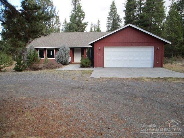 17566 Sutter Street, La Pine, OR 97739 (MLS #201710746) :: The Ladd Group