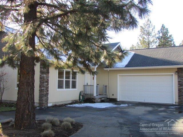 56765 Stellar Drive, Bend, OR 97707 (MLS #201711155) :: Windermere Central Oregon Real Estate