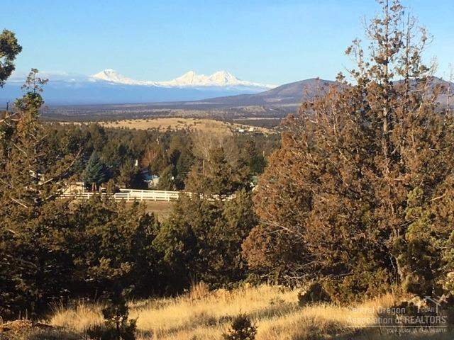 5608 SE Pueblo Road, Prineville, OR 97754 (MLS #201711195) :: Windermere Central Oregon Real Estate