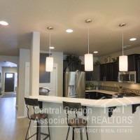 3578 SW Pumice Stone Avenue, Redmond, OR 97756 (MLS #201711269) :: Birtola Garmyn High Desert Realty