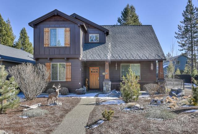 51857 Hollinshead Place, La Pine, OR 97739 (MLS #201801397) :: Pam Mayo-Phillips & Brook Havens with Cascade Sotheby's International Realty