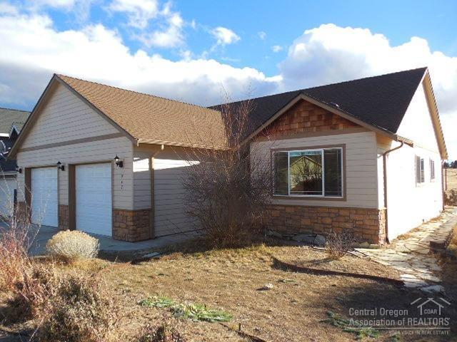 947 SW Sunnyside Drive, Madras, OR 97741 (MLS #201801411) :: Windermere Central Oregon Real Estate