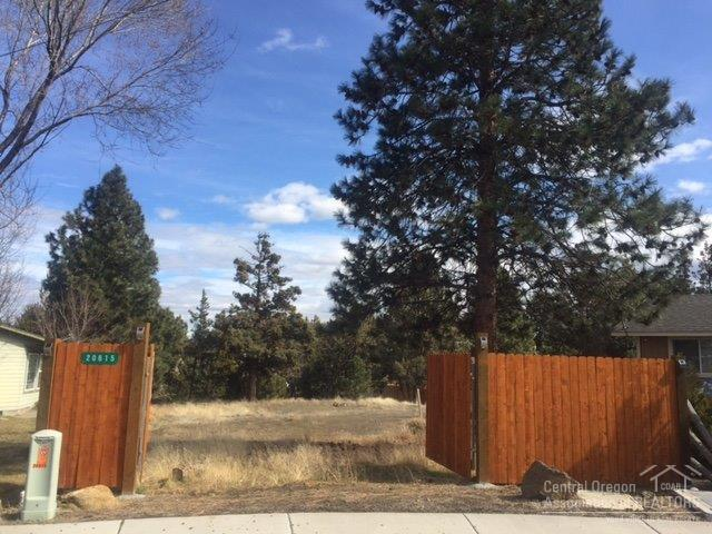 20615 Independence Way, Bend, OR 97701 (MLS #201802713) :: Pam Mayo-Phillips & Brook Havens with Cascade Sotheby's International Realty