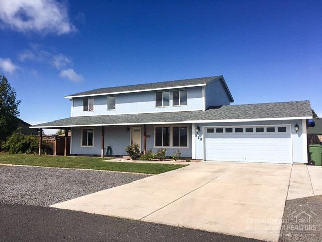 619 Mountain Ridge Drive, Culver, OR 97734 (MLS #201803220) :: Team Birtola | High Desert Realty