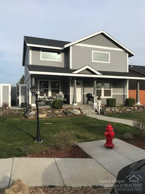 20681 Tango Creek Avenue, Bend, OR 97701 (MLS #201803308) :: Windermere Central Oregon Real Estate