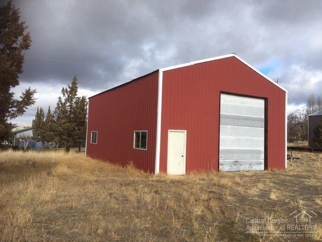 8750 13th Street, Terrebonne, OR 97760 (MLS #201803340) :: Windermere Central Oregon Real Estate