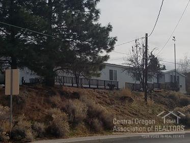 740 N G Street, Lakeview, OR 97630 (MLS #201804599) :: Windermere Central Oregon Real Estate