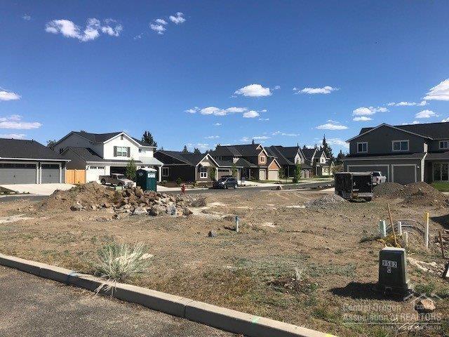 192 Rockhurst Way, Bend, OR 97701 (MLS #201804800) :: Windermere Central Oregon Real Estate