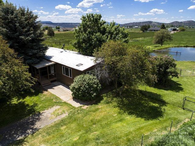 2717 NE Johnson Creek Road, Prineville, OR 97754 (MLS #201805092) :: Windermere Central Oregon Real Estate