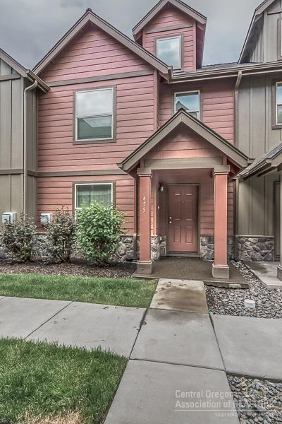 455 NW 25th Street, Redmond, OR 97756 (MLS #201805310) :: Pam Mayo-Phillips & Brook Havens with Cascade Sotheby's International Realty