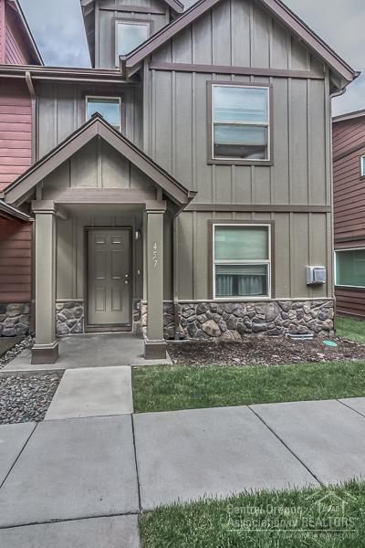 457 NW 25th Street, Redmond, OR 97756 (MLS #201805313) :: Pam Mayo-Phillips & Brook Havens with Cascade Sotheby's International Realty