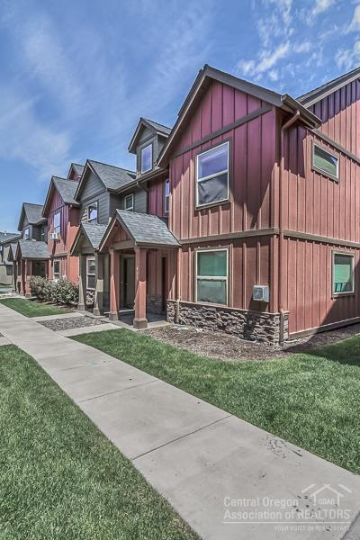 439 NW 25th Street, Redmond, OR 97756 (MLS #201805541) :: Pam Mayo-Phillips & Brook Havens with Cascade Sotheby's International Realty