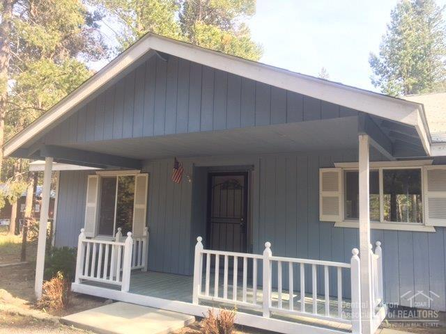 16111 Alpine Drive, La Pine, OR 97739 (MLS #201805668) :: Pam Mayo-Phillips & Brook Havens with Cascade Sotheby's International Realty