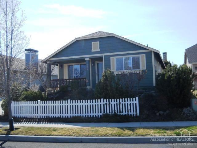 3653 SW 29th Street, Redmond, OR 97756 (MLS #201806763) :: Pam Mayo-Phillips & Brook Havens with Cascade Sotheby's International Realty