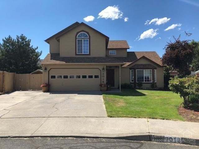 3018 NE Raleigh Court, Bend, OR 97701 (MLS #201807046) :: Pam Mayo-Phillips & Brook Havens with Cascade Sotheby's International Realty