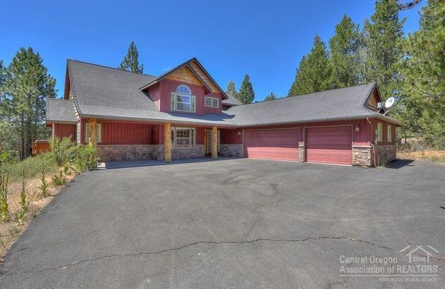 16539 Beaver Drive, Bend, OR 97707 (MLS #201807830) :: The Ladd Group