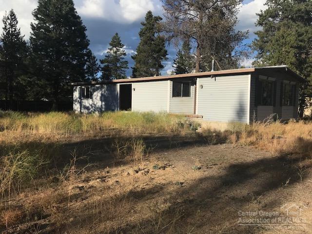 52594 Railroad Street, La Pine, OR 97739 (MLS #201808242) :: Premiere Property Group, LLC