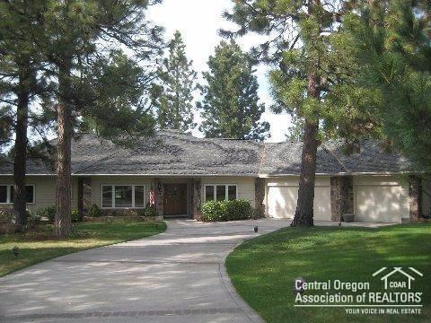 1324 NW Farewell Drive, Bend, OR 97703 (MLS #201808463) :: Windermere Central Oregon Real Estate