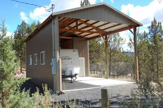 14300 SE Easy Street, Prineville, OR 97754 (MLS #201809459) :: Pam Mayo-Phillips & Brook Havens with Cascade Sotheby's International Realty