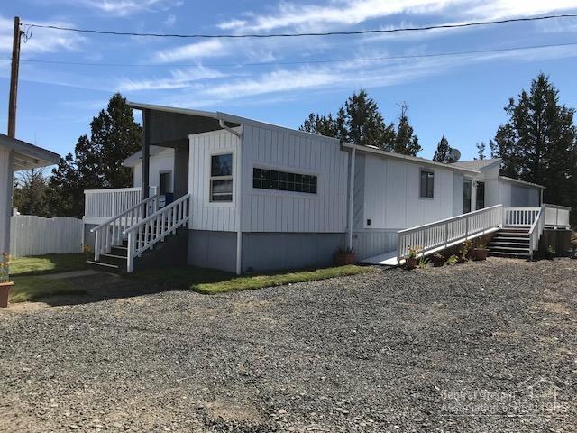 13192 SE Cayuse, Prineville, OR 97754 (MLS #201809618) :: Fred Real Estate Group of Central Oregon