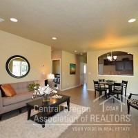 2449 NW Hemlock Way, Redmond, OR 97756 (MLS #201809654) :: Windermere Central Oregon Real Estate
