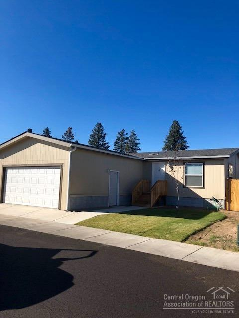 20160 SE Veryl Court, Bend, OR 97702 (MLS #201809732) :: Pam Mayo-Phillips & Brook Havens with Cascade Sotheby's International Realty
