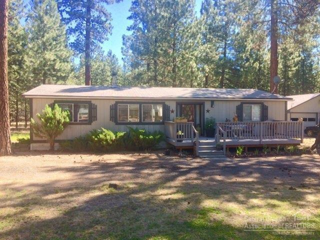 14721 White Pine Way, La Pine, OR 97739 (MLS #201810399) :: Team Birtola | High Desert Realty