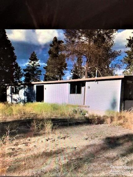 52594 Railroad Street, La Pine, OR 97739 (MLS #201811060) :: Pam Mayo-Phillips & Brook Havens with Cascade Sotheby's International Realty