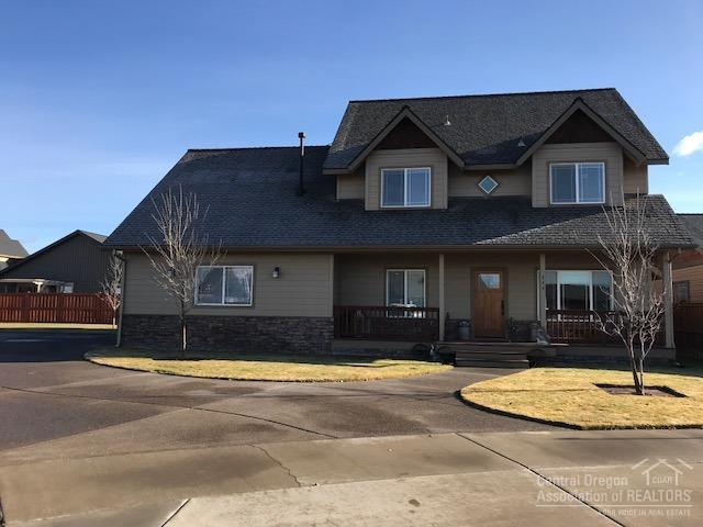 444 SE Sid Court, Prineville, OR 97754 (MLS #201811595) :: Central Oregon Home Pros