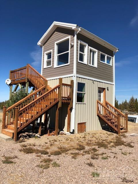 385 SW Palm Lane, Prineville, OR 97754 (MLS #201811599) :: Stellar Realty Northwest