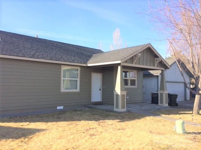 62597 Hawkview, Bend, OR 97701 (MLS #201900601) :: The Ladd Group