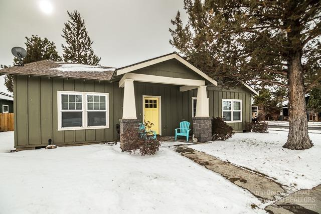 20603 Hummingbird, Bend, OR 97702 (MLS #201901125) :: The Ladd Group