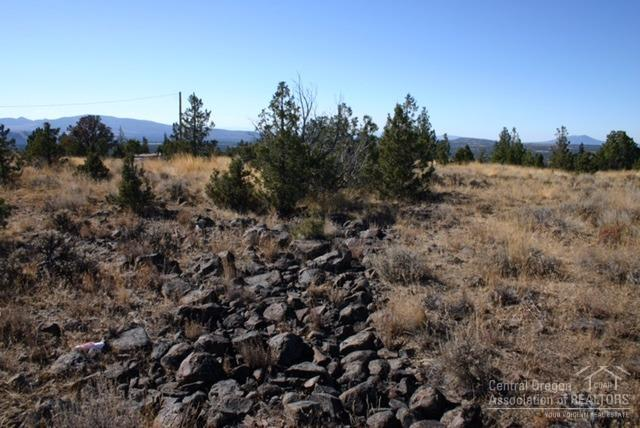 6642 SE Weatherby Loop, Prineville, OR 97754 (MLS #201901181) :: Team Birtola | High Desert Realty