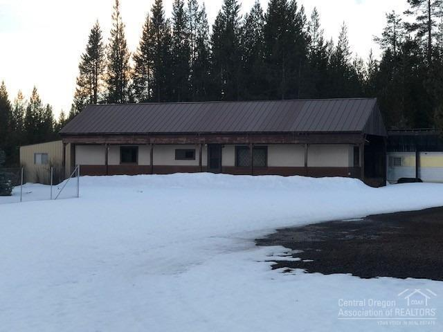 136630 Salmon Drive, Crescent, OR 97733 (MLS #201901910) :: Team Sell Bend