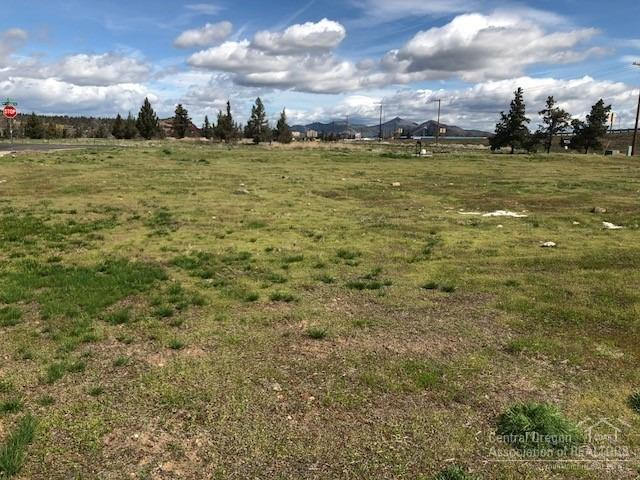 2760 NW 7th Street, Redmond, OR 97756 (MLS #201903148) :: Berkshire Hathaway HomeServices Northwest Real Estate