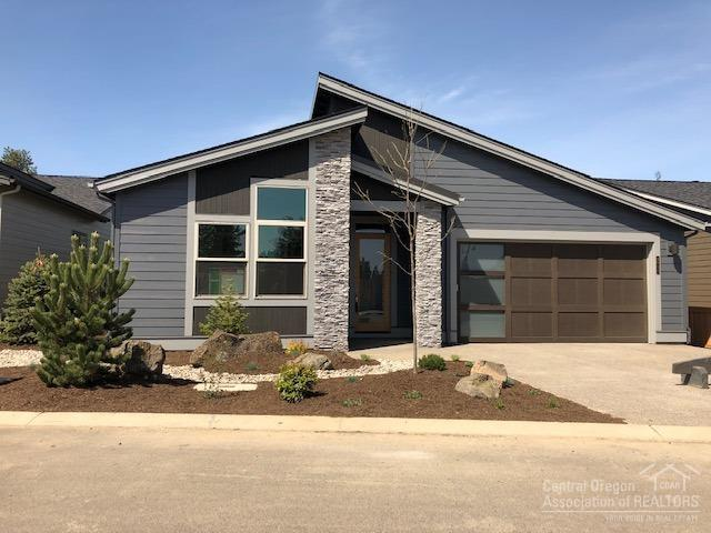 2671 NW Rippling River Court, Bend, OR 97703 (MLS #201903327) :: Central Oregon Home Pros