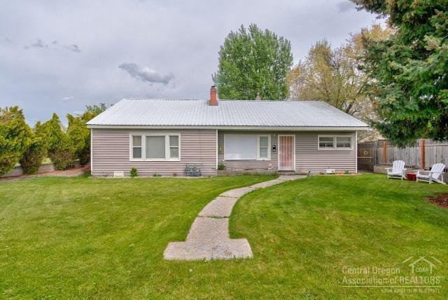 Prineville, OR 97754 :: Berkshire Hathaway HomeServices Northwest Real Estate