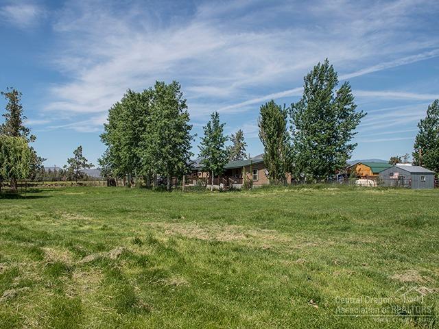 5588 N Highway 97, Terrebonne, OR 97760 (MLS #201905162) :: Central Oregon Home Pros