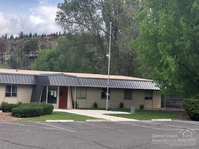 2321 NE 3rd Street, Prineville, OR 97754 (MLS #201905195) :: Premiere Property Group, LLC