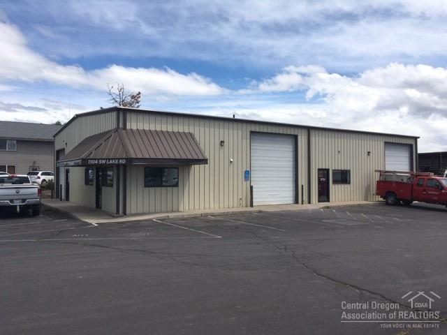 1104 SW Lake Road, Redmond, OR 97756 (MLS #201905271) :: Berkshire Hathaway HomeServices Northwest Real Estate